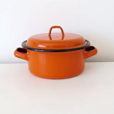 Vintage Pots & Pans – Vintage Orange Enamel Cooking Pot – a unique product by MARiSOLsVintageHome on DaWanda