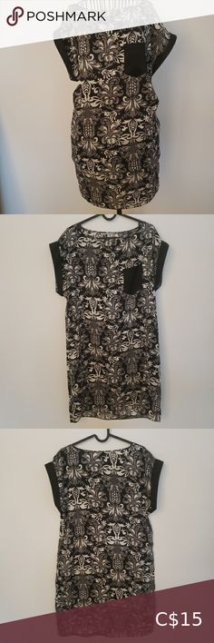 Tristan dress Tristan dress, black and white light weight polyester, floral Dresses Midi White Light, Black And White, Plus Fashion, Fashion Tips, Fashion Trends, Floral Dresses, Dress Black, Floral Prints, Skirts