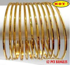 New indian bridal jewelry gold bangles bracelets 22 ideas Gold Bangles Design, Gold Jewellery Design, Silver Bangle Bracelets, Bracelet Set, Bangle Set, Charm Bracelets, Gold Necklace, Gold Plated Bangles, Indian Gold Bangles