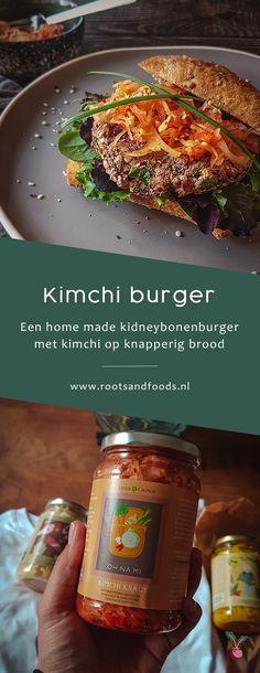 Vegan kimchi burger: de ultieme homemade burger! | Roots & Foods Kimchi Burger, Homemade Burgers, Korean Street Food, Vegan Burgers, Best Vegan Recipes, Hummus, Roots, Salads, Recipes
