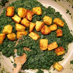 Paneer is a fresh, easy to make, soft cheese that you can prepare at home in 30 minutes for adding to your favourite curry recipes. Paneer Cheese, 30 Minute Meals, Curry Recipes, Palak Paneer, Fresh, Ethnic Recipes, Food, Essen, Meals