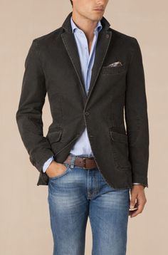 Casual sport coat & I like those jeans too