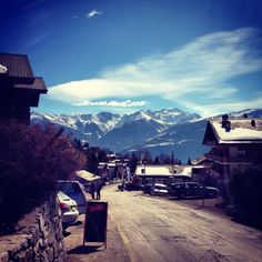 Ovronnaz @Ovronnaz, Switzerland #ovronnaz Places In Switzerland, Mount Everest, The Neighbourhood, Beautiful Places, Mountains, Building, Travel, Switzerland, The Neighborhood