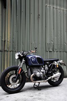 Beautiful BMW R50/5 | BMW | BMW Motocycles | black | details | motorcycle | Bimmer | BMW bike | Schomp BMW