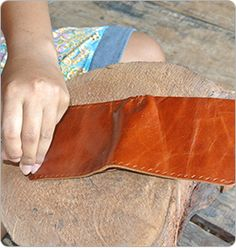 @WorldCrafts Artisan: {Wandee ~ Thailand} Wandee is located in a northeast Thai village. This group of 6 women artisans creates beautiful leather wallets. These women are rebuilding their lives after leaving the sex industry. The single women use their income to provide for their children's basic necessities. The income they earn is allowing them to not have to go back into the sex industry. #WCartisans #supportfreedom
