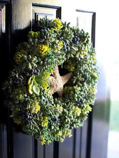 Nautical Christmas Wreaths | Succulent wreath | crafts