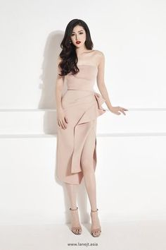 Elegant Outfit, Elegant Dresses, Beautiful Dresses, Formal Dresses, Teen Dresses, Midi Dress With Sleeves, Lace Midi Dress, Midi Dresses, Club Dresses