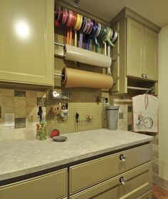 additional handy wrapping station within laundry space ~always a good idea...