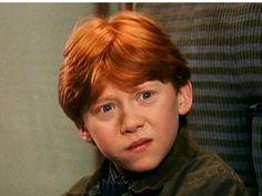 Harry Potter : Rupert Grint a failli quitter la saga ! Harry Potter Ron, Harry Potter Riddles, Ron And Harry, Harry Potter Pictures, Harry Potter Characters, Ron Weasley, Familia Weasley, Hogwarts, Rupert Grint