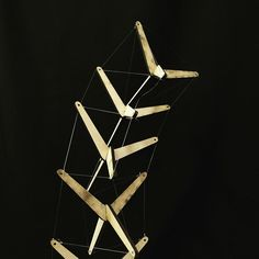 2 struts tensegrity model by Esha Hashim