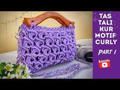 Macrame Bag, Macrame Knots, Micro Macrame, Handmade Bags, Handmade Crafts, Macrame Patterns, Crochet Patterns, Basket Braid, Diy Gift Box