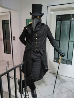 Plague Doctor Outfit Pictures the great plague plague doctor costume plague Plague Doctor Outfit. Here is Plague Doctor Outfit Pictures for you. Plague Mask, Plague Doctor Mask, Plague Dr, Fantasy Costumes, Cosplay Costumes, Halloween Costumes, Diesel Punk, Plauge Doctor, Scp 049