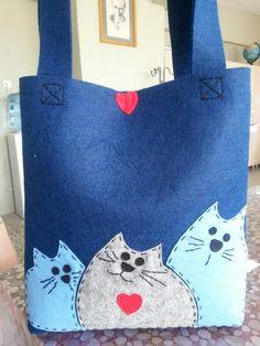 Keçe kedi çanta