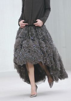 Chanel at Couture Spring 2004 - Livingly Ohh Couture, Couture Fashion, Runway Fashion, Dior Couture, Couture Details, Moda Fashion, High Fashion, Womens Fashion, Mode Chanel