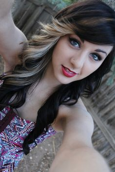 Black Hair With Blonde Highlights For 2019 Hairstyles - Frisuren Site Black Hair With Blonde Highlights, Hair Highlights, Highlights 2014, Brown Blonde, Dark Brown, Cool Hairstyles For Girls, Pretty Hairstyles, 2014 Hairstyles, Amazing Hairstyles