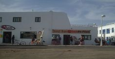 Cursos de Surf, alojamiento en Surf House y alquileres, excursiones Four Square, Surfing, Adventure, House, Lanzarote, Home, Surf, Adventure Movies, Surfs Up