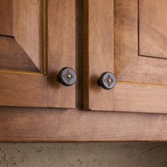 marvella cabinet knobs and pulls from jeffrey alexander by hardware resources 56196bnbdl and 561bnbdl shown in use pinterest products - Jeffrey Alexander Hardware