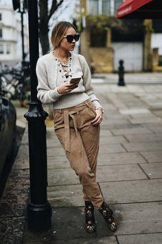 en vogue coop blogger sweater pants shoes bag
