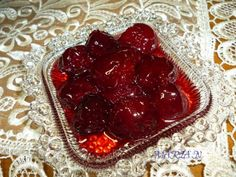 Greek Sweets, Greek Recipes, Cherry, Food And Drink, Cooking Recipes, Fish, Meat, Desserts, Spoon