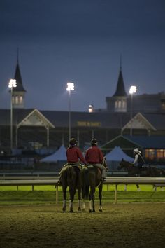 Mornings at Churchill Downs | 2015 Kentucky Derby & Oaks | May 1 and 2, 2015 | Tickets, Events, News