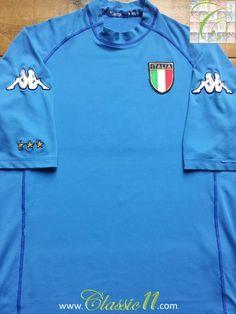 Relive Italy's 2000/2001 international season with this original Kappa home football shirt.