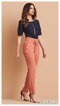 Cute fashion outfits ideas – Fashion, Home decorating Business Casual Outfits, Classy Outfits, Stylish Outfits, Fall Outfits, Fashion Pants, Look Fashion, Fashion Dresses, Work Attire, Casual Attire