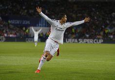 66' Real Madrid 2-0 Sevilla (30', 49' Cristiano Ronaldo). #RealMadridSevilla #SuperCup #RMLive