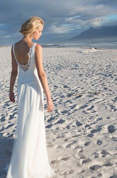 Brautkleider von Rembo Styling - Model Doris