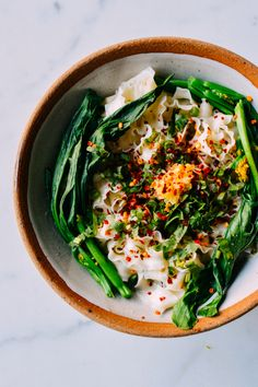 Fast Hot Oil Noodles with Greens