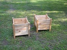 built these planters from pallets that we had lying around at work. The only expense we had was the Kreg Jig I purchased (and love). It took us about 5 hours to put them together, including the time it took to cut the lumber to size.