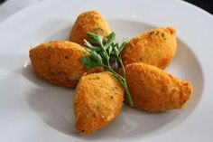 Try our Spanish recipe for creamy potato croquettes, perfect for any meal of the day! Dip them in Spanish sauces for an award winning combination of flavors!