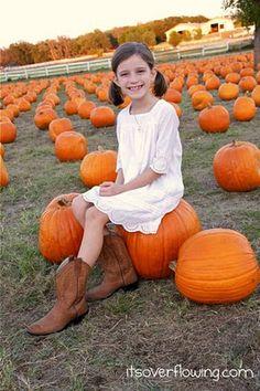 Pumpkin Patch Photography Tips @ItsOverflowing.com.com.com