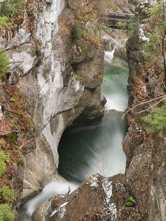 🔥 TATZELWURM WASSERFÄLLE - Oberaudorf, Bayern ⭐ Waterfall, Ski Resorts, Missing Someone, Garden & Outdoor, Tours, Mountains, Bayern, Waterfalls, Rain