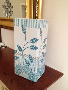 Yours Artfully: DIY for texturing and painting a Summer Vase
