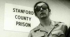 5 Psychological Experiments That Show Humanity's Dark Side - The Stanford Prison Experiment Psychology Textbook, Ap Psychology, Dj Shadow, Psychology Experiments, Science Experiments, Leonard Nimoy, Stanford Prison Experiment, Research Methods, Stanford University