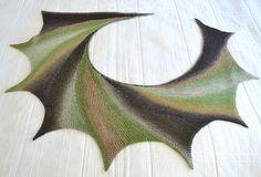 Wingspan circular shawl pattern (free)