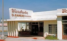 Wardrobe Cleaners, 126 Catalina, Redondo Beach, 1950. (Photo 1985). Bradbury Building, Santa Monica Blvd, Living In La, Vacation, Architecture, Classic, Beach, Arquitetura, Derby