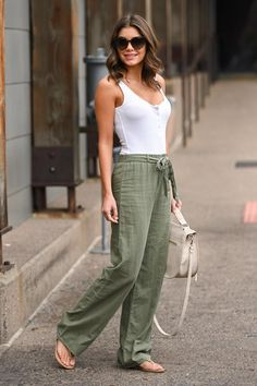Linen Women Pants, Boho Pants,Yoga Pants, Linen Pants for Women, loose summer pants You are in the right place about Women's Pants casual Here we offer you the most beautiful pictures about the Women' Summer Pants Outfits, Stylish Summer Outfits, Summer Outfits Women, Classy Outfits, Beautiful Outfits, Casual Outfits, Women's Casual, Outfit Summer, Casual Fall