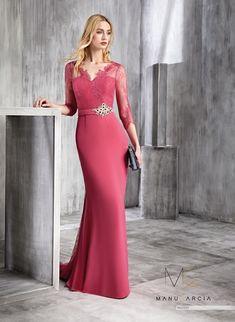 Vestidos de fiesta Manu García 2020 - Moda en PasarelaModa en Pasarela Red Bridesmaid Dresses, Homecoming Dresses, Fabulous Dresses, Beautiful Dresses, The Dress, Dress Skirt, Manu Garcia, Affordable Prom Dresses, Evening Dresses