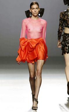 Ftv Fashion, Fashion Oops, Runway Fashion, Fashion Show, Fashion Outfits, Lingerie Look, Women Lingerie, Vintage Glam Fashion, Moda Madrid