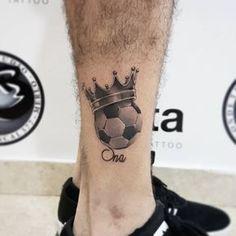 Resultado de imagen para tatuajes de balones de futbol 3d Soccer Tattoos, Football Tattoo, Sport Tattoos, Leo Tattoos, Trendy Tattoos, Body Art Tattoos, Tattoo Drawings, Tattoos For Guys, Sleeve Tattoos