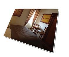 Hostellerie de Goujounac heet u van harte welkom! U heeft de<br />keuze uit à la carte en verschillende menu's. Bij mooi weer<br />serveren wij natuurlijk op ons buitenterras! U bent ook welkom<br />voor alleen een drankje. Vanzelfsprekend kunt u ook bij ons<br />logeren in één van onze mooie kamers.