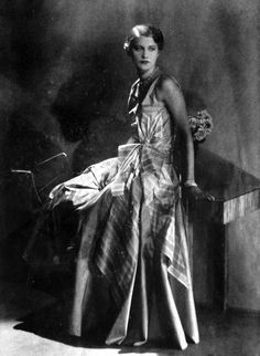 "clover-vintage: ""1930s Vogue Paris Lee Miller """