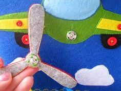 How to make a spinning propeller on an aeroplane. Развивающая книжка