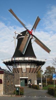 #Windmill - Flour mill De Hoop, Almelo, the #Netherlands - http://dennisharper.lnf.com/