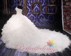 2014 elegant noble Ball Gown sweetheart white/Ivory backless marriage long train Wedding Dress bridal gown prom dress / evening dress custom on Etsy, $350.00