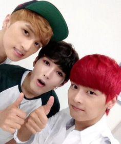 VIXX N and Ken with Ryeowook.
