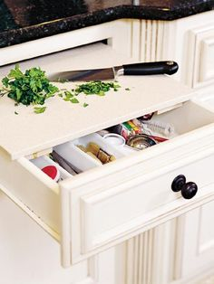 5 Creative Ideas To Organize Cutting Board Storage