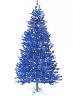 Árbol de navidad en color azul. Más ideas en...http://www.1001consejos.com/8-originales-arboles-navidenos/