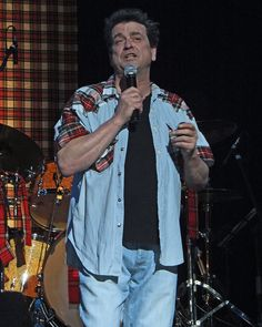 Les McKeown of the Bay City Rollers Rollermania Congress Theatre Eastbourne     I really loved the Bay City Rollers. Please check out my website Thanks  www.photopix.co.nz